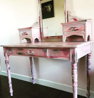 STRAWBERRY FIELDS. Beautiful antique style dressing table. SOLD.
